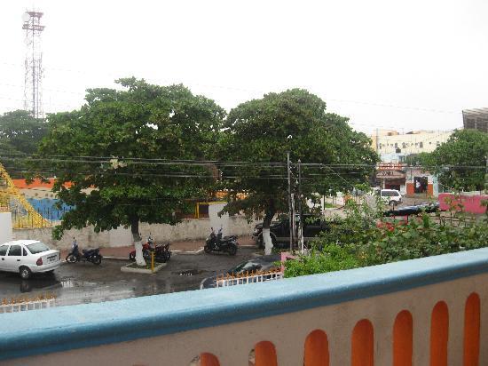 Colores Mexicanos: Shared balcony
