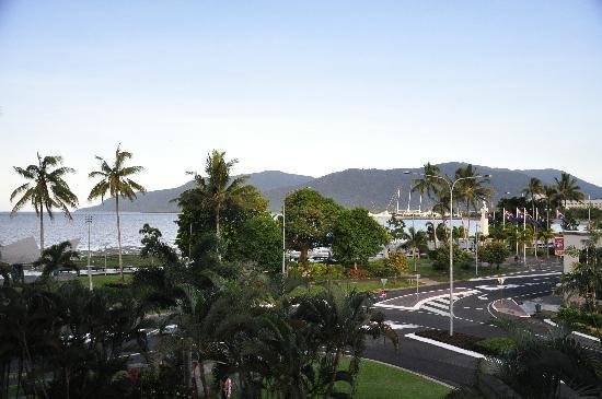 DoubleTree by Hilton Hotel Cairns: 3rd floor ocean view