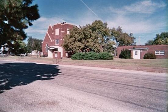 Burdett, KS: Burdet UM Church and Educational Building