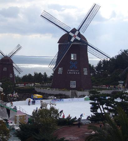 Lotte Hotel Jeju: ドラマにも出てきた風車