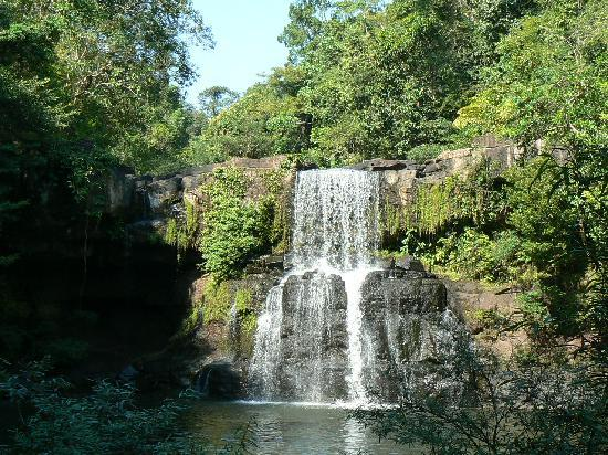 Away Koh Kood: The waterfall