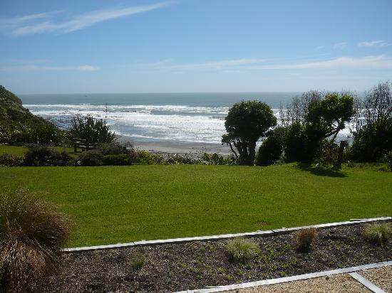 Breakers Boutique Accommodation: View from the room