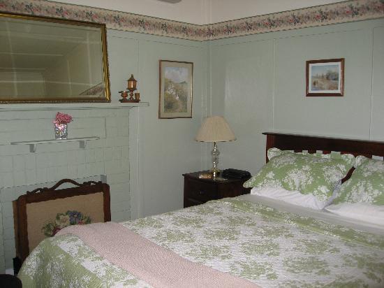 Genesta House: romantische Bett
