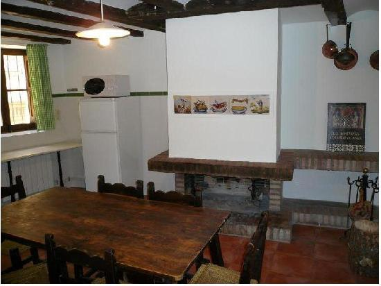 """Casa San Antonio.: """"La Primera"""", cocina con chimenea"""