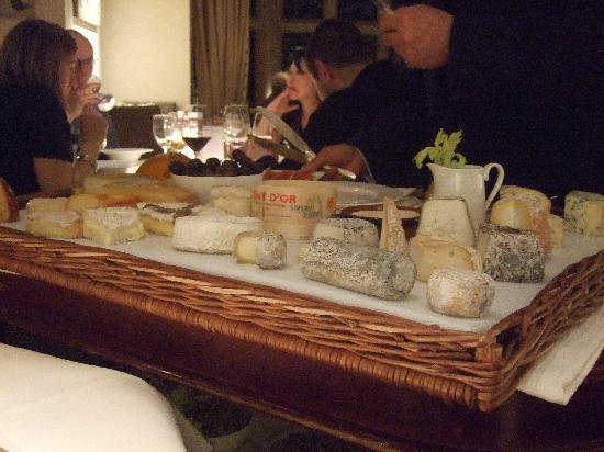 Belmond Le Manoir aux Quat'Saisons: A great selection of cheeses!