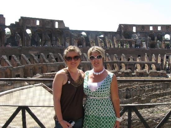 Domus Betti: my daughter and I at the Colosseum