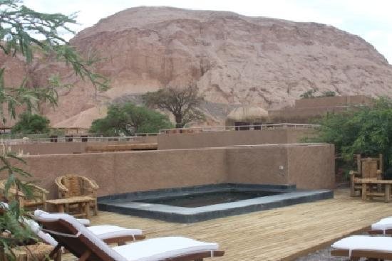 Alto Atacama Desert Lodge & Spa: Los Andes and Pools!