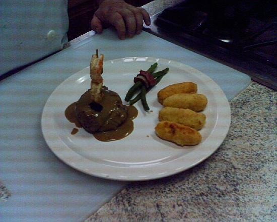 Hotel Plaza Alicante: Desayuno incluido