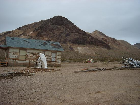 Rhyolite: Ghosts!