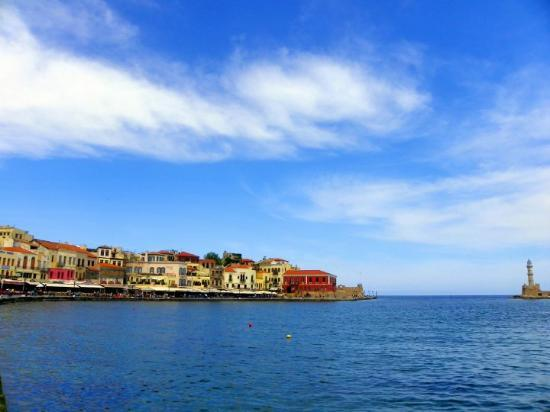 Chania Harbor (23610194)