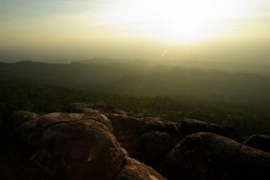 Phitsanulok, Tailandia: ลานหินปุ่่ม อช.ภูหินร่องกล้า