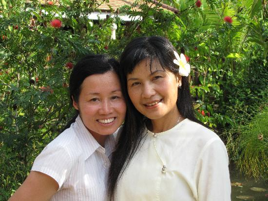 Oriental Siam Resort : A management and a staff member.