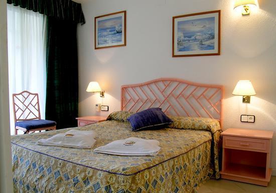 Apartamentos Novelty: Novelty - Hotel