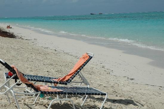Ocean Beach Hotel Condominiums : Relax