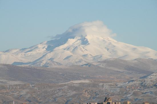 Argos in Cappadocia: Erciyes view from hotel