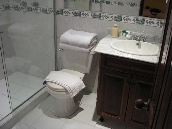 Casa La Fe - a Kali Hotel : bathroom