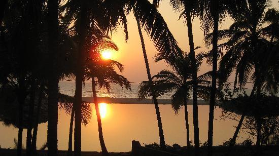 Kannur Beach House: The sunset