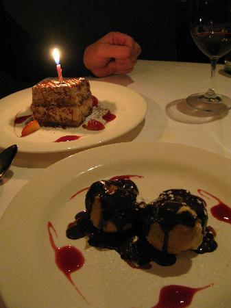 Michael Anthony's Cucina Italiana : Desserts!