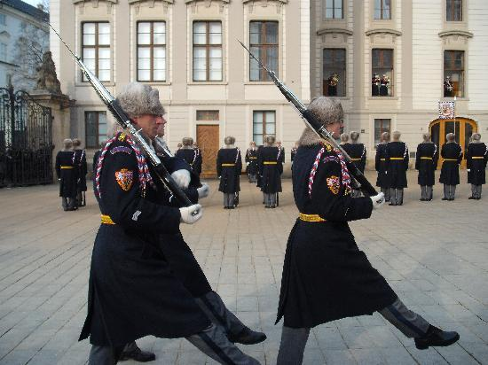 Hotel Troja: Changing the Guard at Prague Castle
