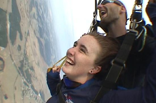 Florida Skydiving Center : taking hold of handles.