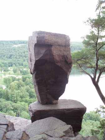 Devil's Lake State Park: Balanced Rock