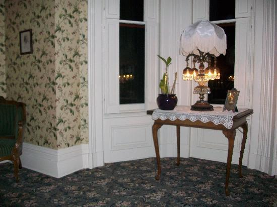Schenck Mansion Bed & Breakfast Inn: Very beautifull place