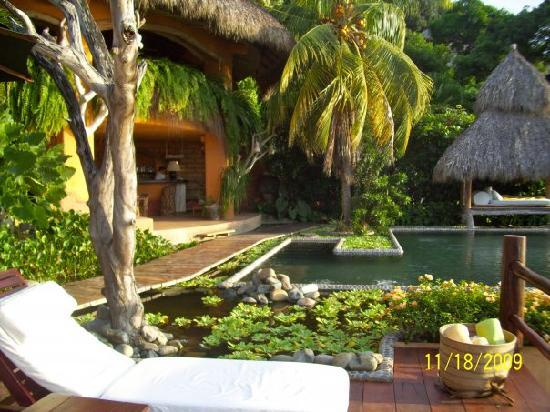 Casa Cuitlateca: View from deck area towards pool.