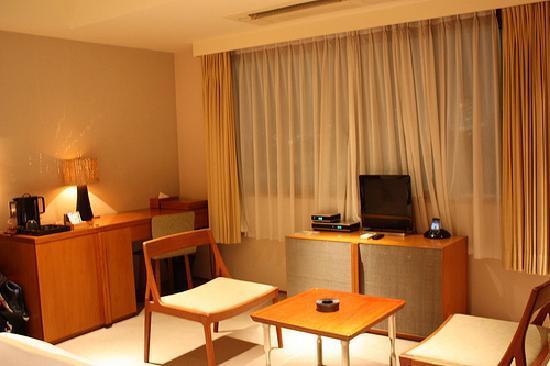 Meguro, Jepang: Room 504