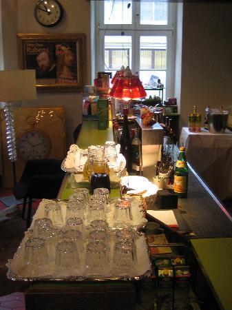 Hotel Schwalbe: Le comptoir