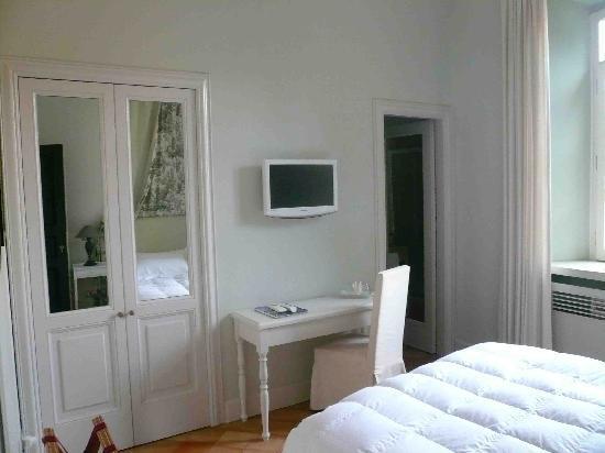 Hotel San Pancrazio: Desk