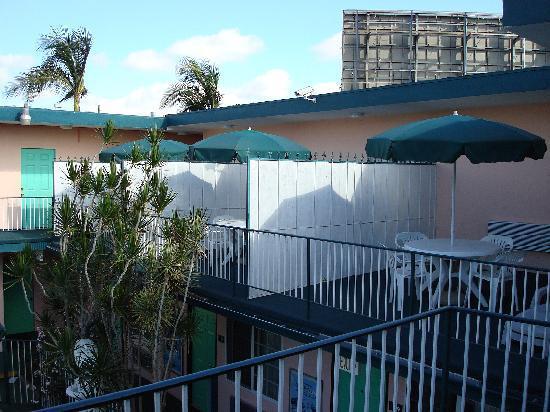 Rodeway Inn: il y a des chambres avec terrasse privée
