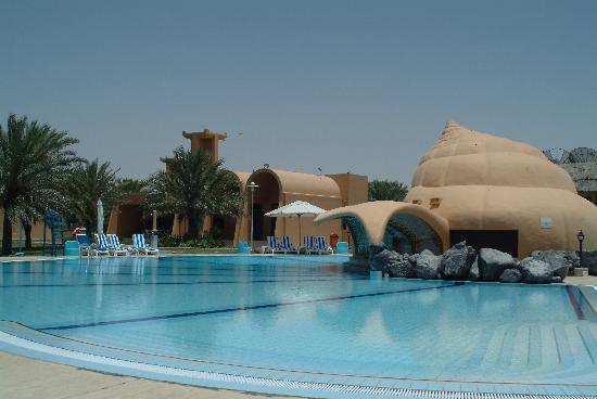 Golden Tulip Al Jazira: our bungalow infront of the beach and pool