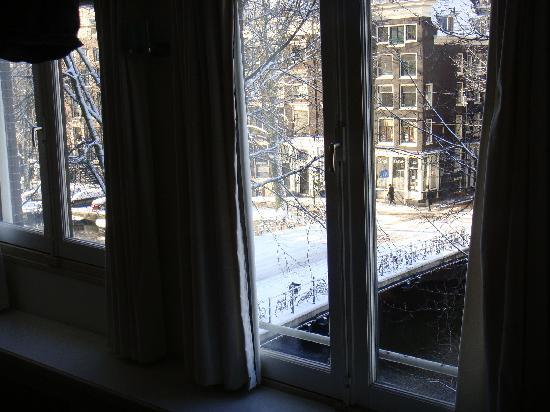 Amsterdam Jewel: Living Room Window - Amber