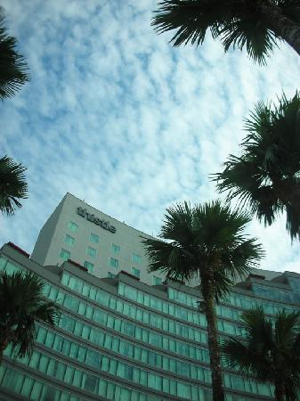 Thistle Johor Bahru: Hotel exterior
