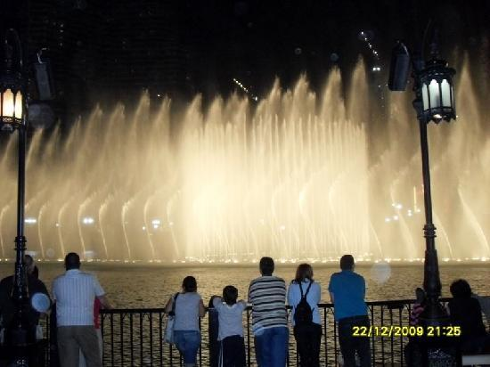 Dubai, Emirati Arabi Uniti: altre fontane