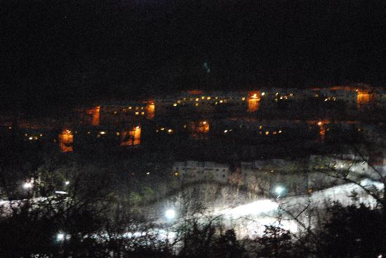 McGaheysville, VA: slopes at night