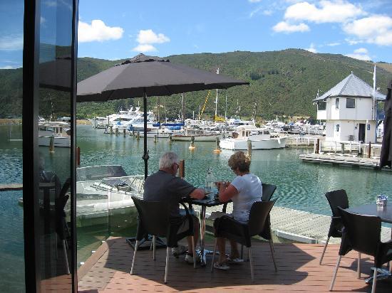 Havelock, Nueva Zelanda: Lunch at Slip Inn