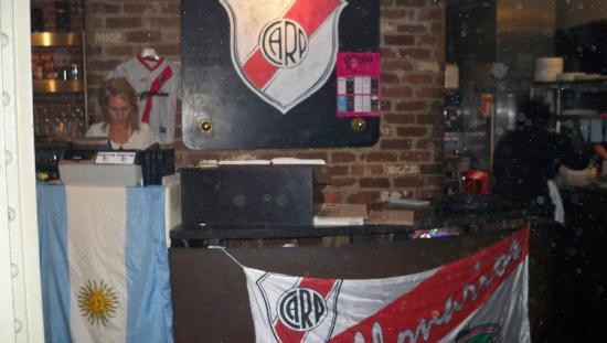 River Plate Steakhouse : dentro