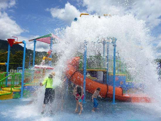 Ingenia Holidays Cairns Coconut: Splash waterpark