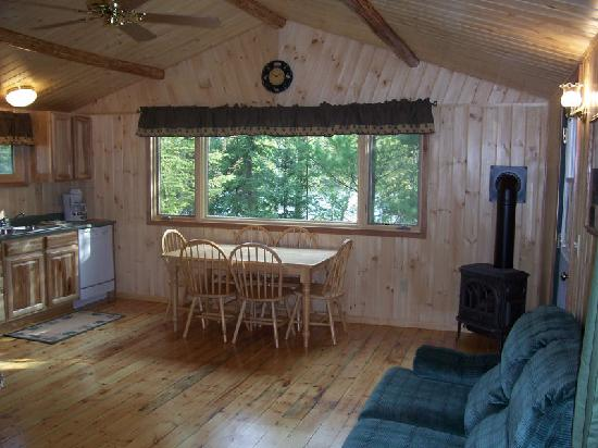 Fenske Lake Resort Cabins: Interior Cabin Picture
