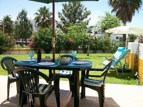 MRI Quinta dos Brejos: Alfresco Dining on your patio