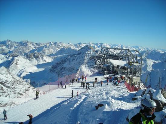 St. Leonhard im Pitztal, Østerrike: on top of the mountain