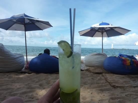 Itacaré, BA: ...natürlich nur mit am Caipi :-)
