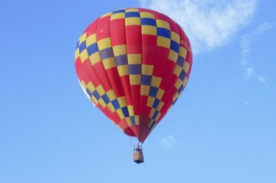 "A favorite for many years, Sam Edwards in the ""Texas Twist"" balloon."