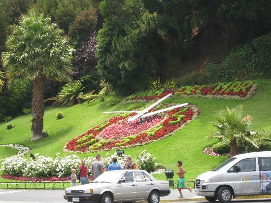 Hotel Genross: Vina Flower Clock