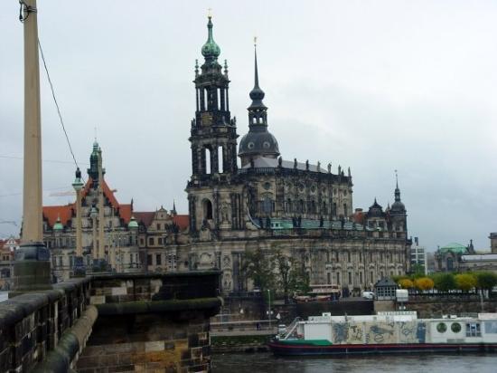 Katholische Hofkirche - Dresden: church Hofkirche