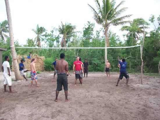Blue Lagoon Beach Resort: Fiji vs the World