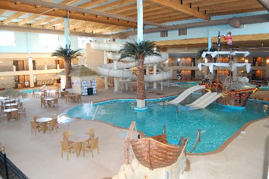 Ramada Tropics Resort / Conference Center Des Moines: Buccaneer Bay Waterpark