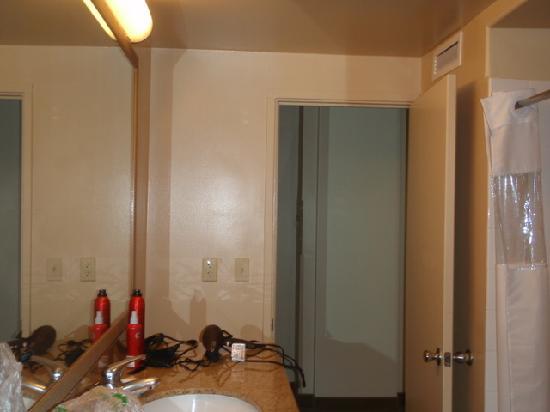 2 bedroom suite bathroom picture of aqua waikiki pearl