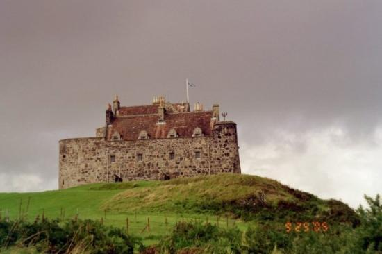 """Duart Castle. This is where the movie """"Entrapment"""" was filmed staring Sean Connery & Catherine Z"""